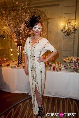 lana smith in Save Venice's Un Ballo in Maschera – The Black & White Masquerade Ball