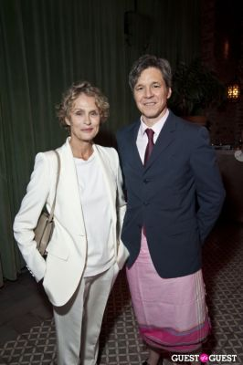 lauren hutton in African Rainforest Conservancy's 22nd annual Artists for Africa benefit