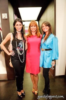 jill zarin in Fashion's Night Out 2009 - KLEW's Travels About the City