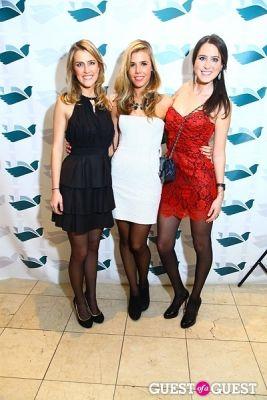 natalie dodge in Hark Society Emerald Gala