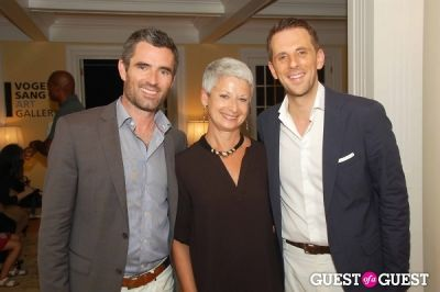 lee milazzo-and-a-friend-with-gregoire-vogelsang in Vogelsang Gallery After- Hamptons Fair Cocktail Party