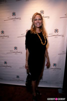leesa rowland in The Official Kiss Afterparty at The Sanctuary Hotel