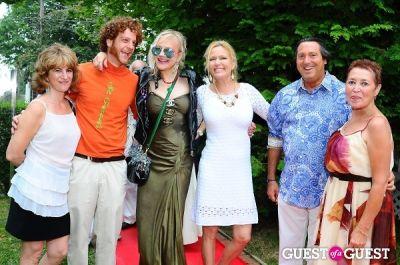 "leesa rowland in Wanda Murphy's ""Summer Uplifts"" Opening Reception"