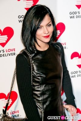 leigh lezark in God's Love Golden Heart Achievement Awards