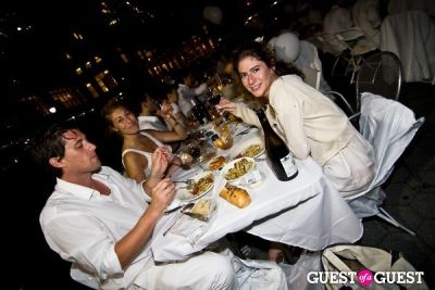 andres bohorquez in Diner En Blanc's New York Premiere