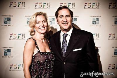 lisa broderick in YMA Fashion Schlorship Fund Awards Dinner