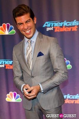 luis ortiz in America's Got Talent Live at Radio City