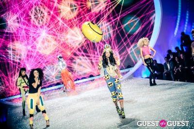 malaika firth in Victoria's Secret Fashion Show 2013
