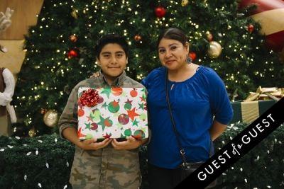 maria mendoza in The Shops at Montebello Presents Santa's Arrival