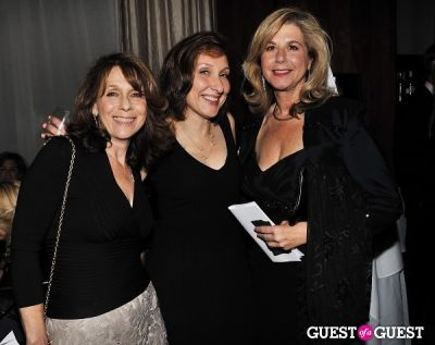 mary smith in Reality Stars Unite for Domestic Violence Survivors at ABOUT FACE 2011