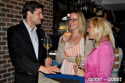 larhonda burley in Tuesday Night Networking at the Graham
