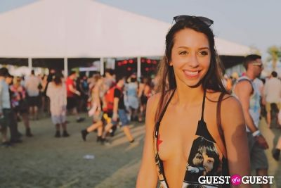 mikayla sessions in Coachella 2014 Weekend 2 - Sunday