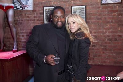 mo vaughn in Anna Rothschild's Holiday Party @ Velour