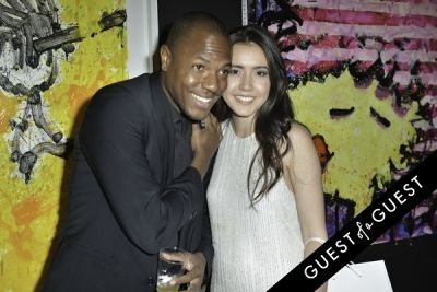 hailee steinfeld in Mouche Gallery Presents the Opening of Artist Clara Hallencreutz's Exhibit