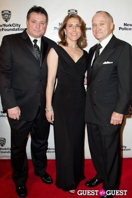 commissioner raymond-kelly in New York Police Foundation Annual Gala to Honor Arnold Fisher