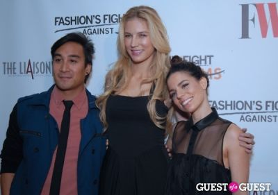 shannon rusbuldt in Fashion's Fight Against MS