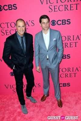 nigel barker in 2013 Victoria's Secret Fashion Pink Carpet Arrivals