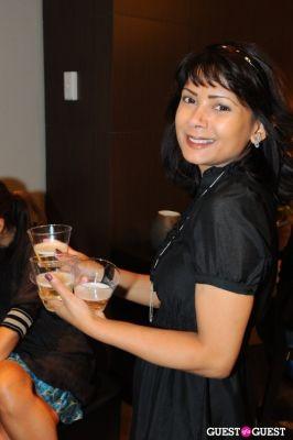 nisha buckingham in NATUZZI ? AMOREPACIFIC - Champagne Reception