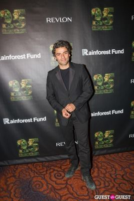 oscar isaac in Revlon Concert For The Rainforest Fund Arrivals