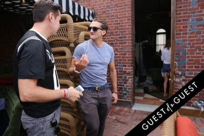 peter davis in Guest of a Guest's You Should Know: Behind the Scenes