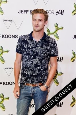 rj king in Jeff Koons for H&M Launch Party