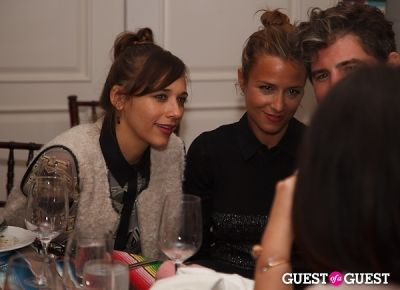 rashida jones in I Heart Ronson For jcpenney Holiday Party