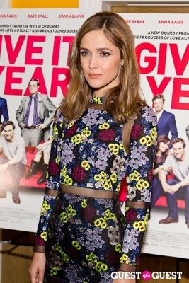rose byrne in