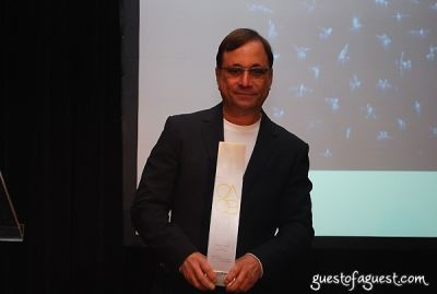 ross bleckner in 8th Annual GLAAD OUTAuction Fundraiser