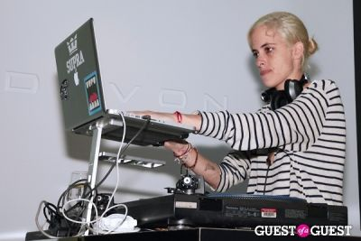 samantha ronson in Devon Beverly Hills Launch