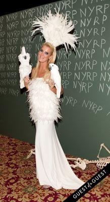 sandra lee in Bette Midler Presents New York Restoration Projects 19th Annual Halloween Gala: Fellini Hulaweeni