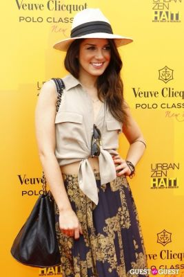 shenae grimes in Veuve Clicquot Polo Classic at New York