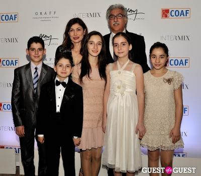 silva simonian in Children of Armenia Fund 9th Annual Holiday Gala - gallery 1