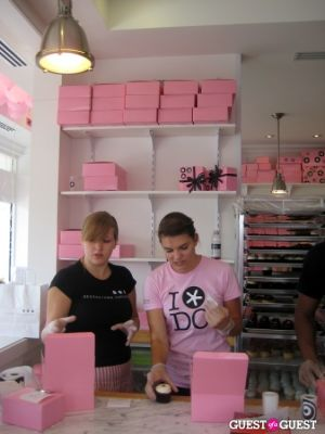 sophie lamontagne in Georgetown Cupcakes Celebrates Airing of TLC Show 'DC Cupcakes'
