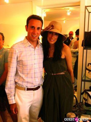 lauren rae-levy in Hampton & Co Launches the Bob Woodruff Foundation Tie