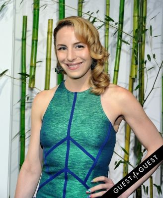 susi kenna in MoMA Party in the Garden Arrivals
