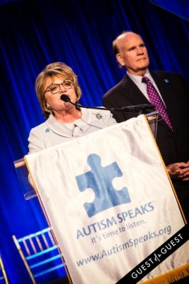 suzanne wright in Autism Speaks Chefs Gala