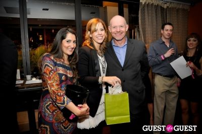 erin lyons in Sip with Socialites November Happy Hour