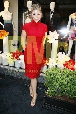 tara summers in Shanghai Tang Boutique Opening