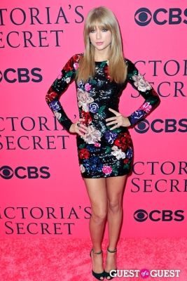 2013 Victoria's Secret Fashion Pink Carpet Arrivals