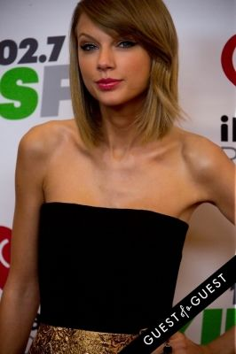 taylor swift in KIIS FM's Jingle Ball 2014