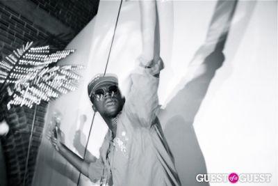 theophilus london in Freak City LA + Theophilus London + Ninjasonik.