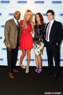 tiki barber in Einstein Emerging Leaders Launch Event