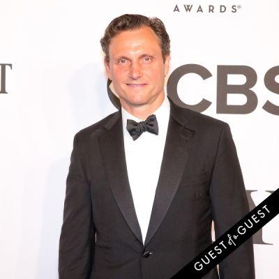 tony goldwyn in The Tony Awards 2014
