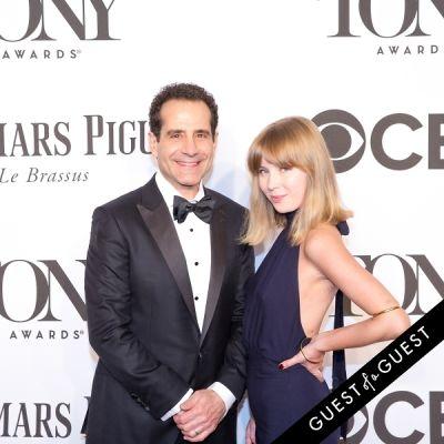 tony shalhoub in The Tony Awards 2014