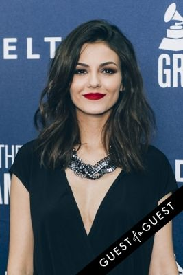victoria justice in Delta Air Lines Kicks Off GRAMMY Weekend With Private Performance By Charli XCX & DJ Set By Questlove