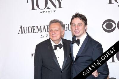 zach braff in The Tony Awards 2014