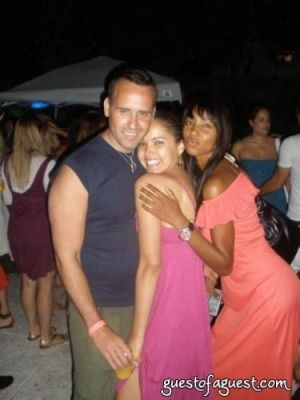 susie castillo in Fourth of July With Scott and Naeem