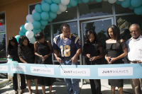 Just Weaves By Just Extensions Opens Up Its First Premium Weaving Installation Store In Inglewood, California #11