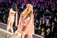 Victoria's Secret Fashion Show Paris 2016: Full Runway and Performances #128