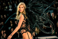 Victoria's Secret Fashion Show Paris 2016: Full Runway and Performances #181